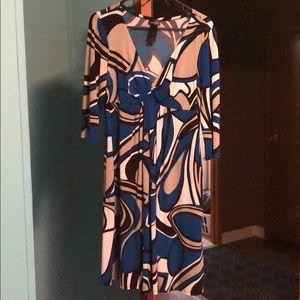 3/4 sleeve dress w pockets